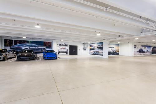 Braman 11 Preowned Garage